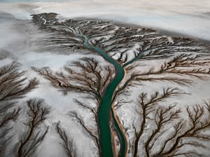 Colorado-River-Delta-2,-Near-San-Felipe,-Baja,-Mexico-2011.-©Edward-Burtynsky,-courtesy-Nicholas-Metivier-Gallery,-Toronto-_-Howard-Greenberg-&-Bryce-Wolkowitz,-New-York