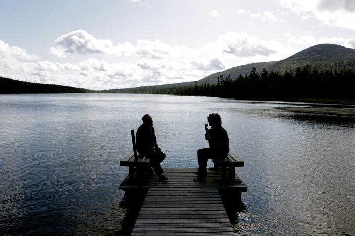 Weit weg von zuhause: Von der Weite Finnlands sind die Argentinier Pablo und Dipi mehr als beeindruckt. © Neue Visionen Filmverleih
