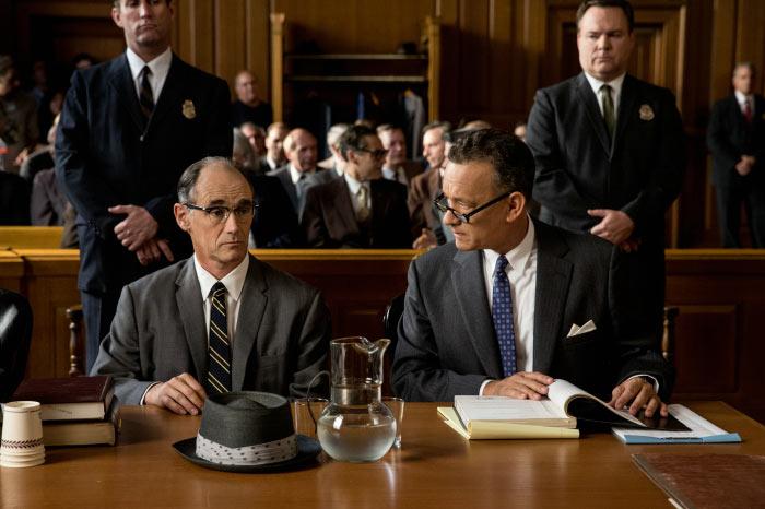 Vor Gericht kann Donovan bewirken, dass Abel nicht zum Tode verurteilt wird.