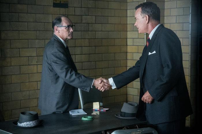 James Donovan (Tom Hanks) nimmt das Mandat an.