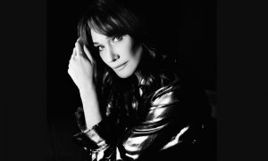 Carla Bruni: Quelque Chose – neue Single