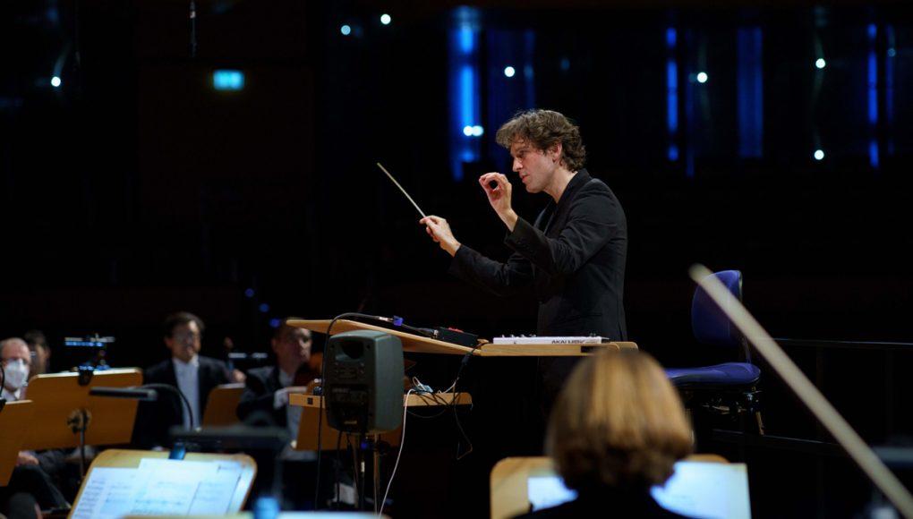Digitale Konzertpremiere: Neuer #IGNITION-Dirigent stellt sich vor