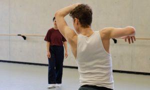 """Zusammen Tanz entwickeln: """"STEP BY STEP"""""""